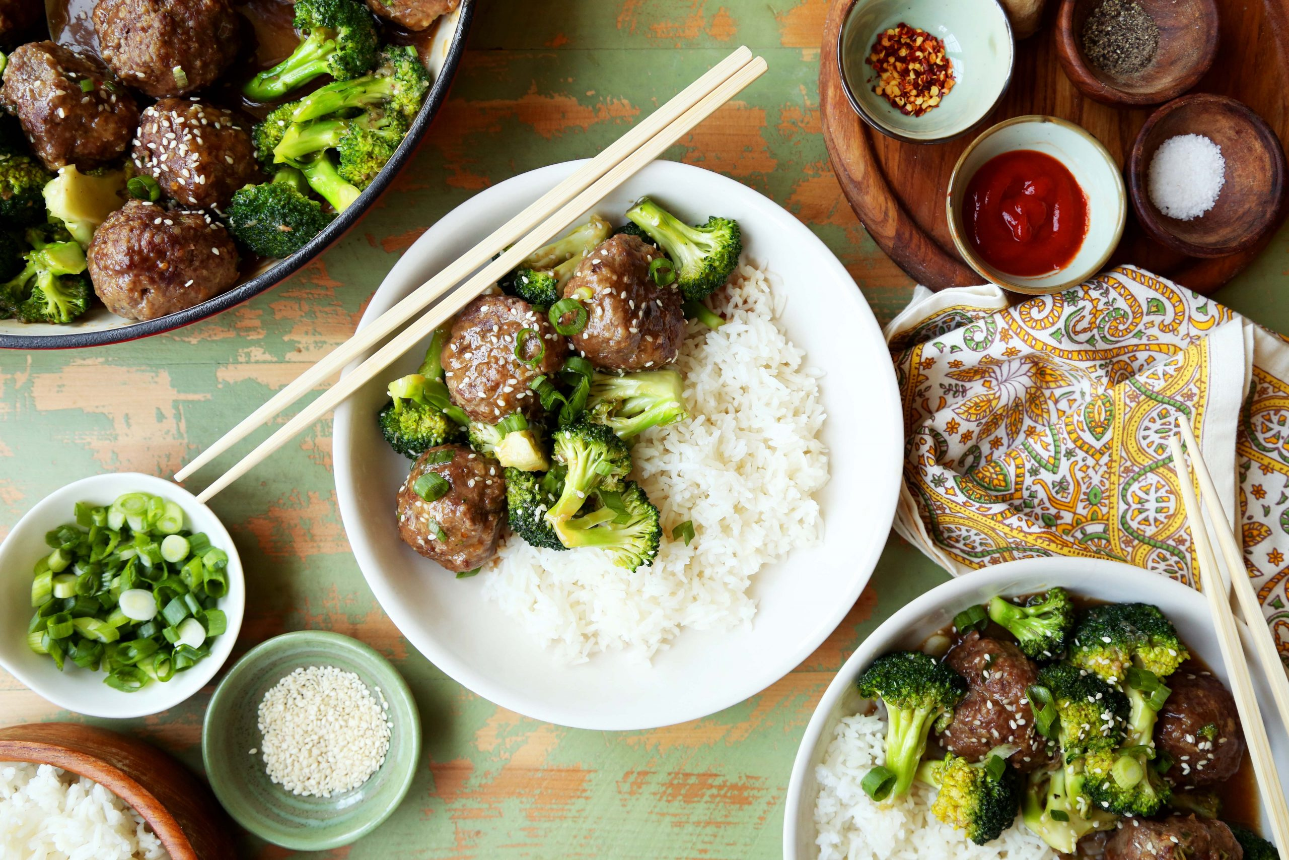 meatballs with rice and broccoli