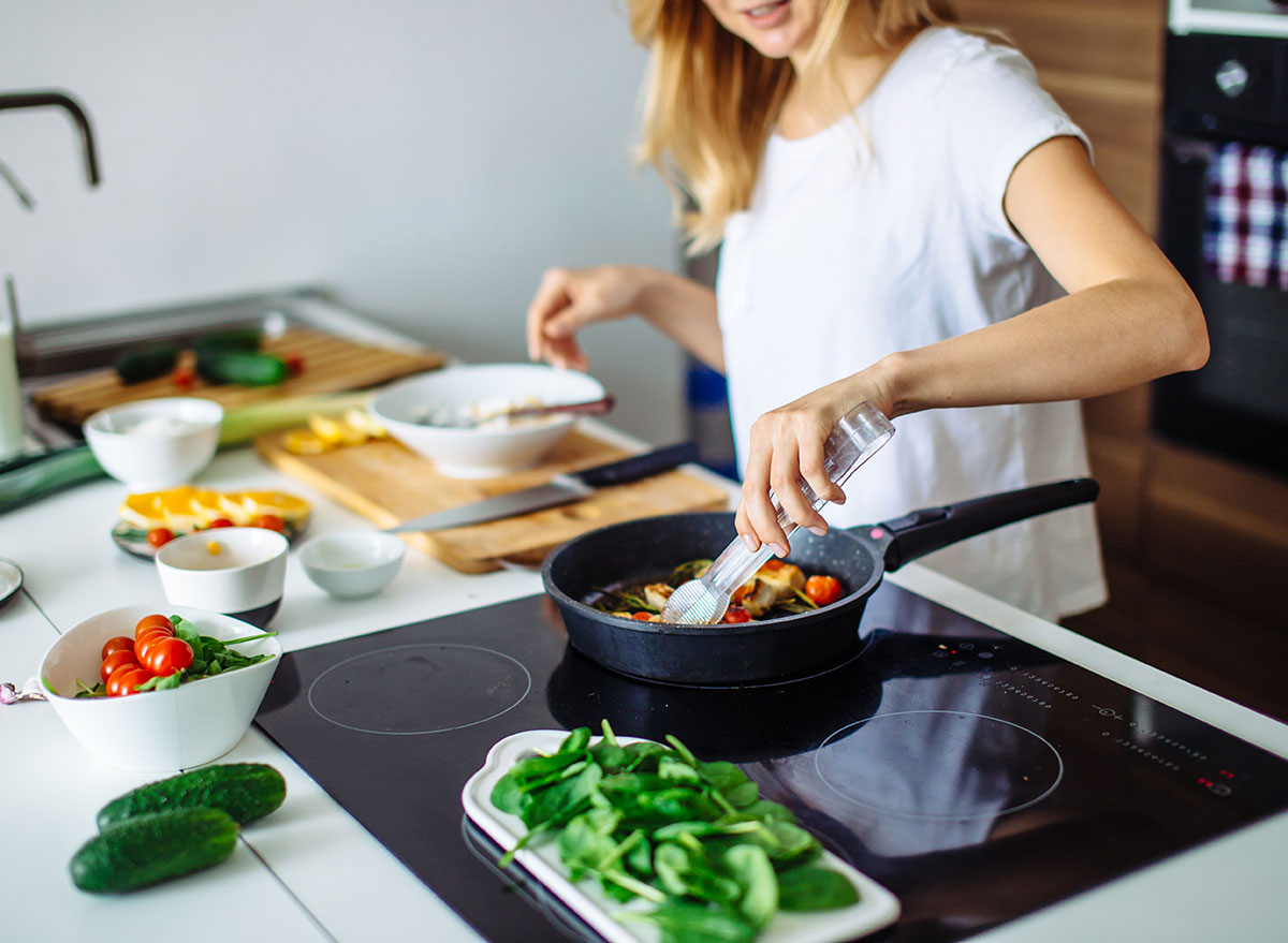 Top 7 Ways To Improve Your Cooking – 2021 Guide