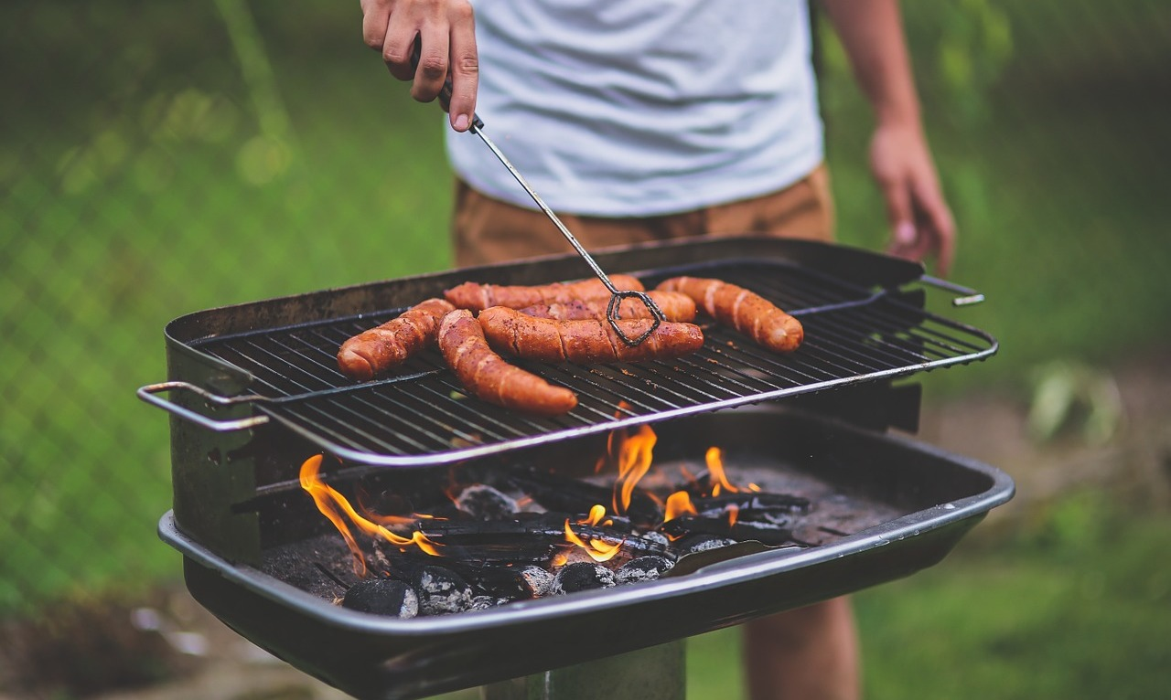 4 Tips For Choosing The Right Barbecue For Your Garden